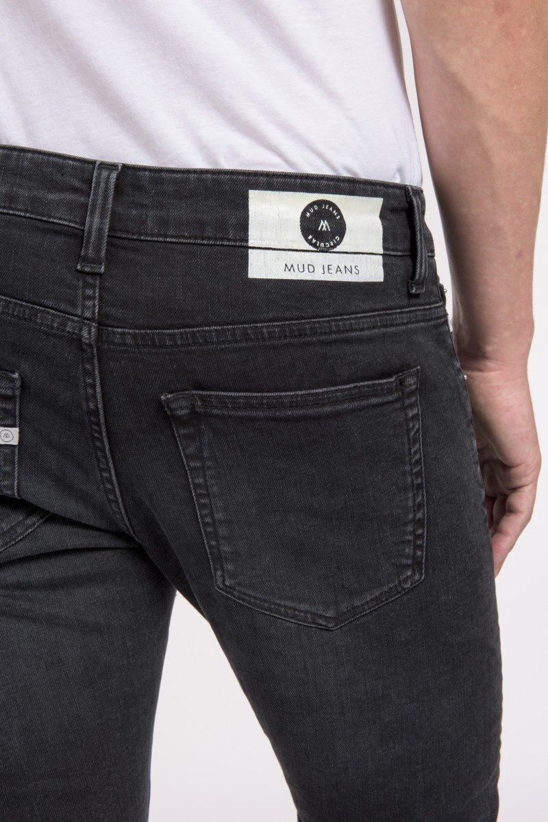 mud-jeans-slim-lassen-stone-black-back-detail