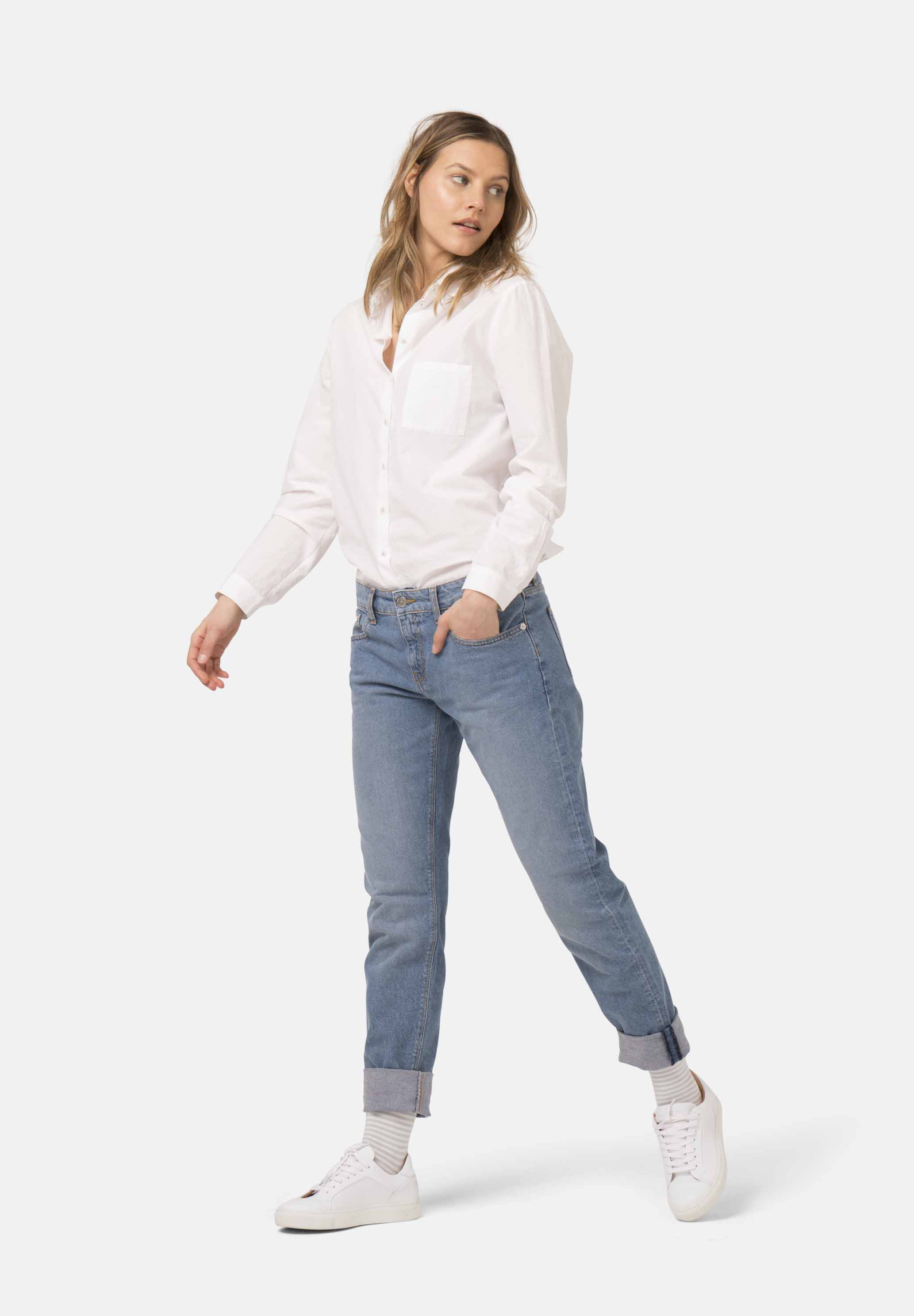 Woman-Vegan-Jeans-Fave-Straight-Heavy-Stone-fullfront